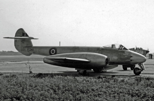 Gloster -Meteor-F4